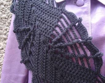 Web scarf Pattern, gotic scarf, crochet pattern Crocheting