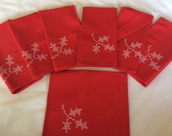 Vintage Cross Stitched Linen Napkins Handmade Set of 7 Holiday Dinner Napkin