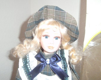 """Pretty COLLECTABLE Porcelain Doll. """"Tresors D'antan"""" with Certificate of Authenticity. LIMITED EDITION."""