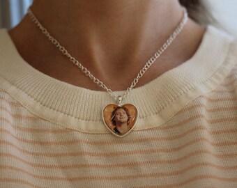 mac demarco necklace
