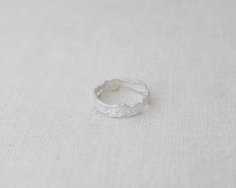 tree bark band(slim). - white silver
