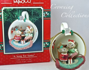 Enesco A Song for Santa Ornament Mice Teacup Cozy Cup Series Mouse Piano Singing Treasury of Christmas