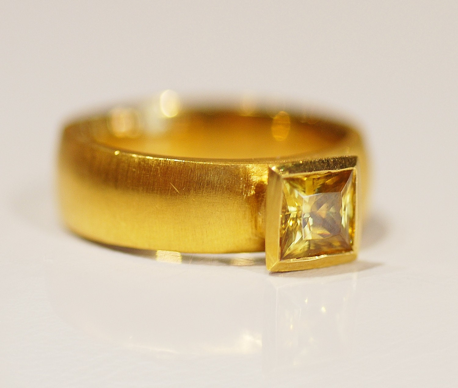 square yellow zircon ring in 24 karat yellow gold size 6. Black Bedroom Furniture Sets. Home Design Ideas