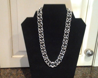 chainmaille celtic knot necklace