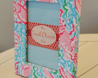 Lilly Pulitzer Inspired Lobstah Roll Fabric Wrapped Wooden Frame