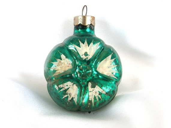 Vintage flower christmas ornaments