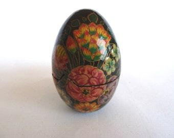 Vintage Wooden Egg Box, Painted