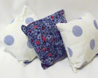 lavender cushions, aromatherapy pillows, scented lavender drawer sachets, clothes fresheners,