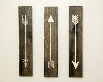 Rustic Flying Arrows Wall Decor - 3 Piece Set