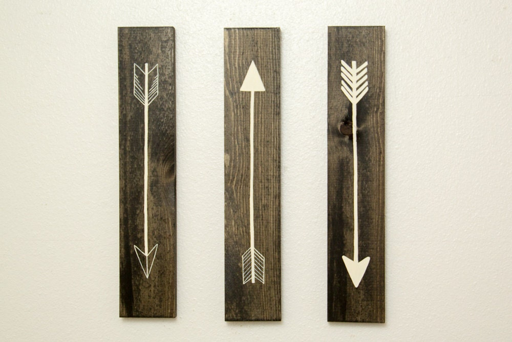 Arrows For Wall Decor : Rustic flying arrows wall decor piece set