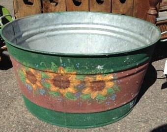 Vintage Hand Painted Galvanized Metal Wash Tub Wash Bin