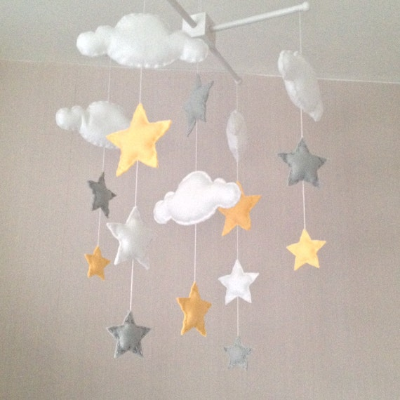 baby mobile cot mobile clouds and stars cloud mobile. Black Bedroom Furniture Sets. Home Design Ideas