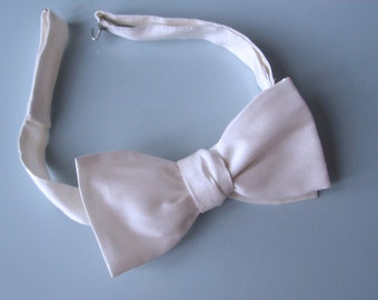 Bow Tie - Handmade in White Dupioni Silk -  Classic Freestyle - Self Tie - Adjustable.  Shipped Worldwide by Strictly Bow Ties