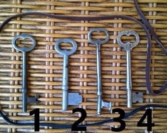 Medium Sized Skeleton Key Necklace