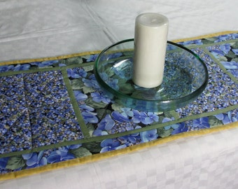 Table Runner Wall Hanging Floral Spring Summer Table Topper, Home Decor, Home Textile, Seasonal Home Decor