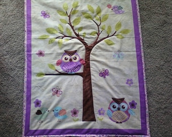 Owl print quilt for baby girl