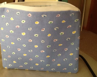 Lined zippered small bag/purse 7 1/2 x 6 3/4""