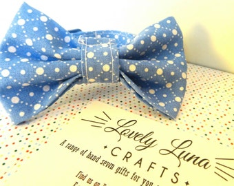 Cat bow // Blue with white diamond