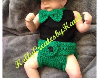 Crochet Baby St. Patrick's Day Outfit - Available with or without bow tie - St. Patrick's Day Photo Prop - Sizes Preemie, 0-3, and 3-6 Mon