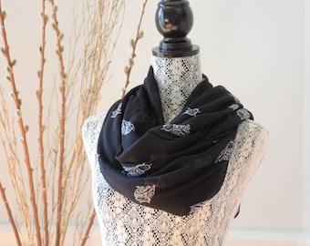Black Owl print infinity scarf, Infinity fashion ladies scarf, wrap up shawl, woman loop scarf