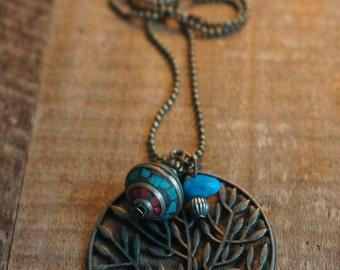 Necklace with pendant Tibetan tree and Tibetan bead