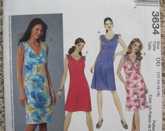 UNCUT Misses' / Miss Petite Bias Dresses - Size 12 to 18 - McCall's Pattern 3634