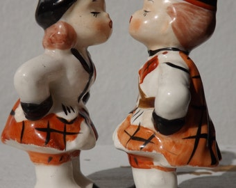 Vintage NAPCO Kissing Sweethearts Salt and Pepper Shakers