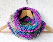Knit infinity scarf, Circle scarf, Cowl scarf,  Snood scarf, Chunky scarf, Neck warmer, violet orchid, teal blue, sandy beige, green