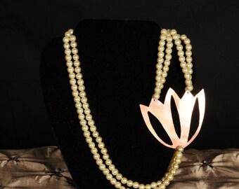 Maggí's Centerpiece Necklace