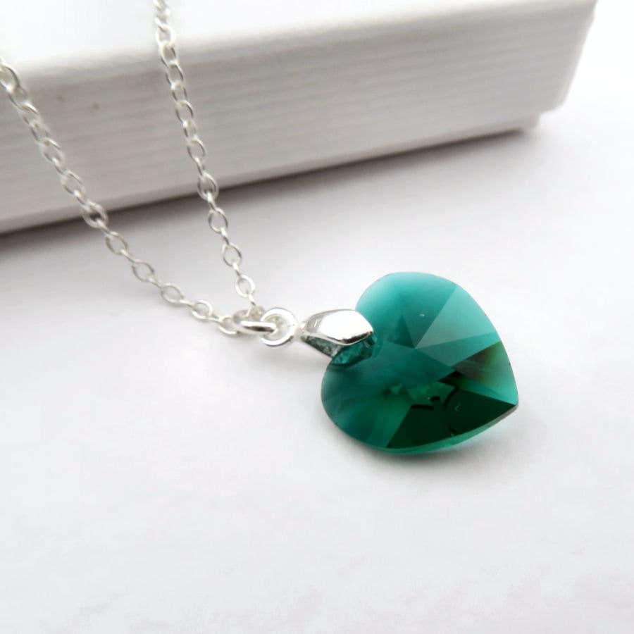 emerald heart necklace green swarovski elements crystal. Black Bedroom Furniture Sets. Home Design Ideas