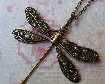 Antique  Bronze Plated Dragonfly Pendant Necklace