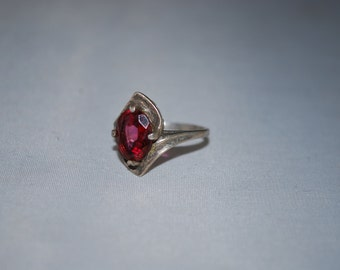 Sterling silver Garnet ring size 5.5