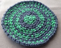 Pet wool placemat vintage crochet dog rug grey green retro cat feeding mat handmade gift