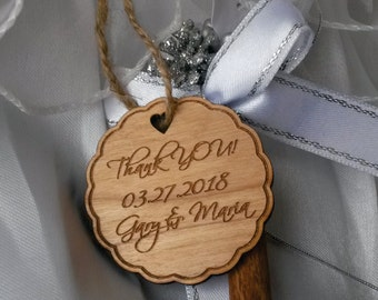 Wood wedding favor tags / wood save the date tag / gift tag
