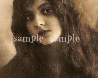 SALE no1024 VINTAGE photo - Instant digital download - Beautiful little girl photograph - Paper Art Supply - Alice in Wonderland