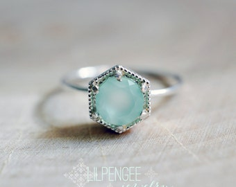 SALE. Aqua hexagon ring - 6mm aqua chalcedony ring. silver ring. geometric ring. mint green. pale mint. gemstone ring. statement ring