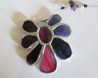Stained Glass Flower Suncatcher with Faceted Jewel in Romantic Purple and Pink - LeeLou