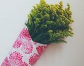 pink mums. block print cloth napkins. set of four.