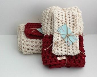 Christmas Gift Set, Holiday Gift Set, Chunky Scarf and Earwarmer, Infinity Scarf, Winter Scarf, Headband, Crochet Scarf Set, Womens Gift Set
