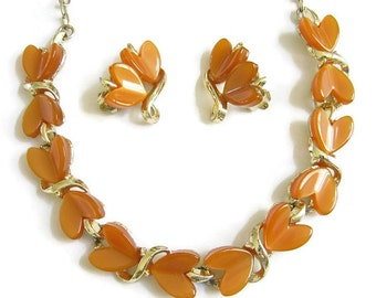 Vintage Caramel or Butterscotch Lucite Thermoset Hearts Necklace and Earring Demi Parure Set