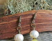 Pearl and Yellow Jade Brass Earrings // Dangle Earrings // Bridal Jewelry // Minimalist Jewelry // Gifts For Her // Small Earrings