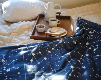 Blanket in Organic Knit with Flannel- Throw Blanket, Cozy Bed Blanket in Night Sky Stars
