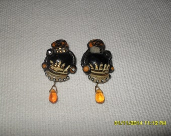 Vintage 80s Earrings Funky Crowns, pierced earrings