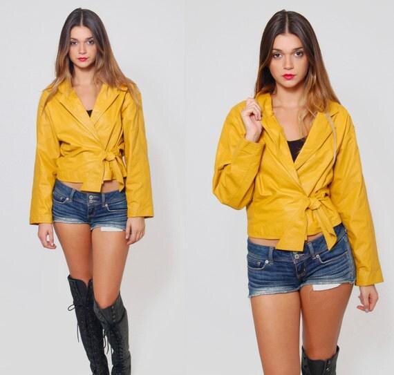 vintage 80 s crop veste en cuir veste wrap jaune moutarde. Black Bedroom Furniture Sets. Home Design Ideas