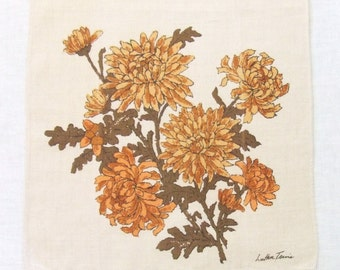 Linen Towel Gold Mums by Luther Travis