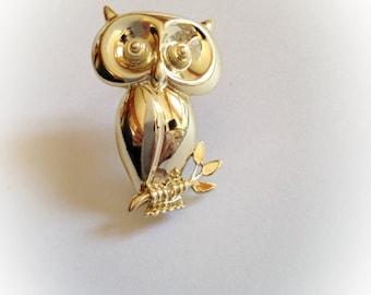Vintage CAJC Owl Brooch Gold Tone Metal CA J.C