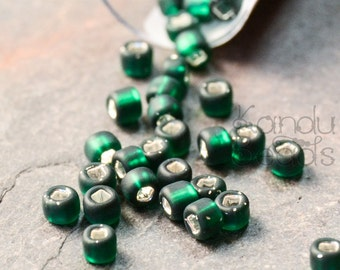 Matsuno Matte Silver Lined Dark Green Seed Beads Square Hole Size 8/o