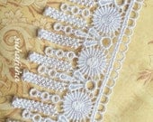 """White Floral Venise Lace Fringe Tassels Dangles for Scrapbooking, Jewelry Design, Garters, Altered Art, 2"""" wide"""