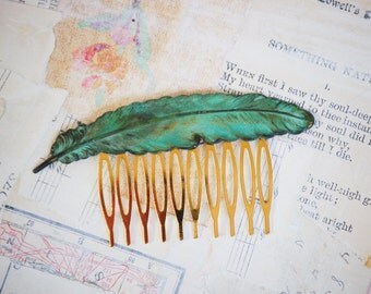 Large  FEATHER Hair Comb Verdigris Patina Autumn Woodland Whimsical Nature Bridal Green LEAF
