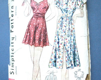 1930s Playsuit and Beach Dress Simplicity  2388 Vintage Sewing Pattern Fitted Bodice  Bust 32 inches